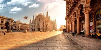 alba_in_piazza_del_duomo_a_milano_italy_n_2_by_zefirino-ok