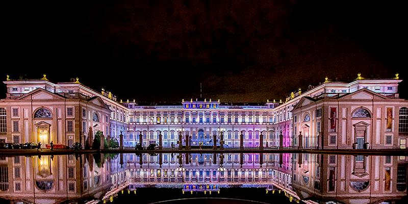 Dancing In The Moonlight Villa Reale