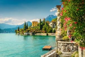 mete a pochi passi da Milano Lago di Como