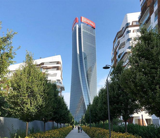 skyline di milano torre hadid